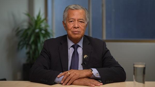 Secretary General Henry Puna